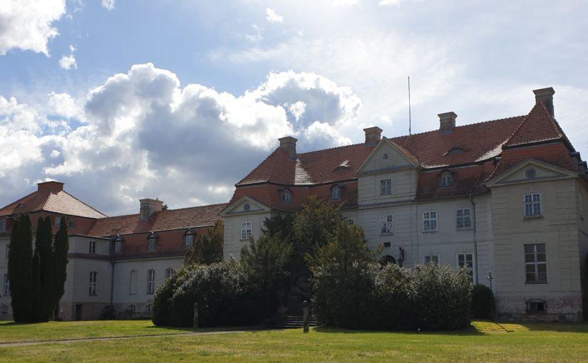 Galerie zum Karlsburger Schlosspark